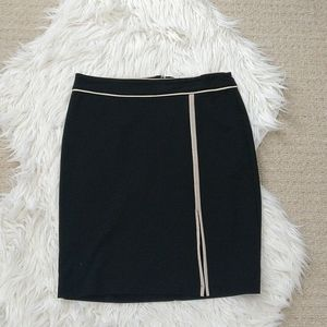 3/$20 Black pencil skirt